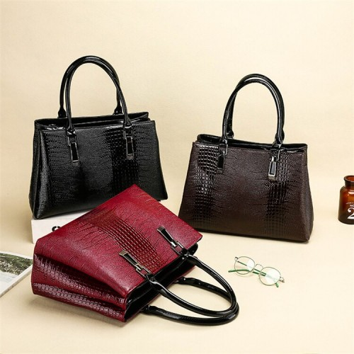 Beautiful Stripe Pattern Shoulder Handbag
