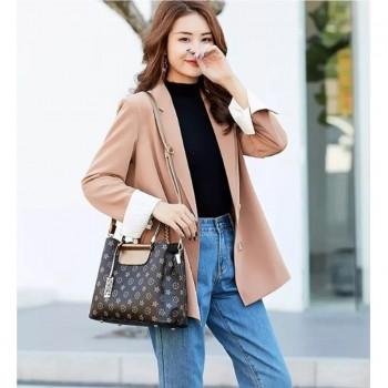 Beautiful Elegant Bucket Handbag with Pendant